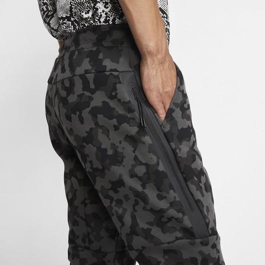 Nike Sportswear Tech Fleece Printed Joggers Erkek Eşofman Altı