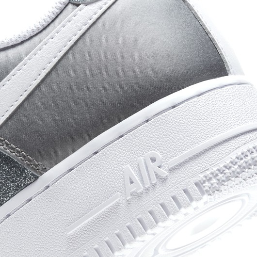 """Nike Air Force 1 '07 ''Metallic"""" Kadın Spor Ayakkabı"""