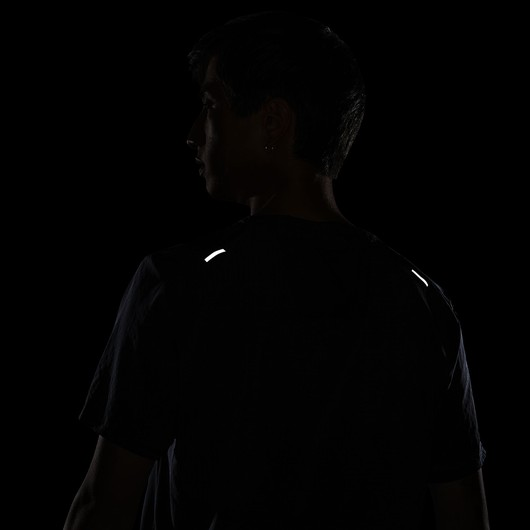 Nike Dri-Fit Trail Rise 365 Short-Sleeve Erkek Tişört