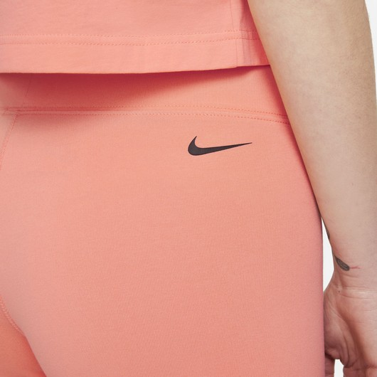 Nike Sportswear Essential Dance Bike Kadın Şort