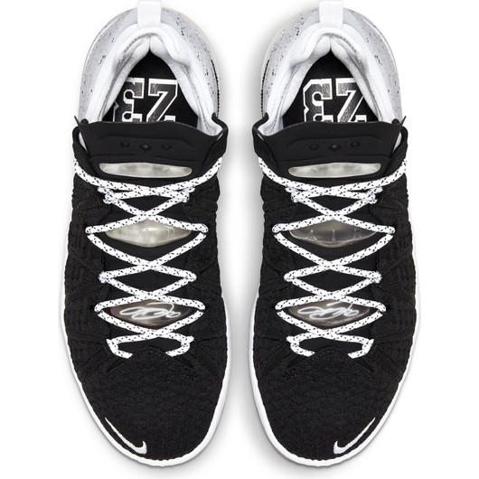 Nike LeBron XVIII Erkek Spor Ayakkabı