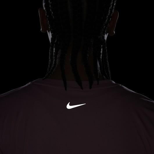 Nike Dri-Fit Swoosh Run Short-Sleeve Kadın Tişört