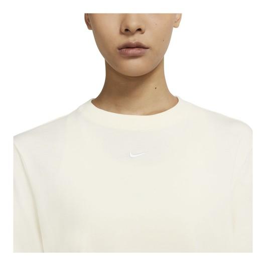 Nike Sportswear Essential Short-Sleeve Kadın Tişört