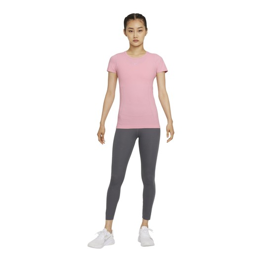 Nike Dri-Fit Advantage Aura Slim-Fit Short-Sleeve Kadın Tişört