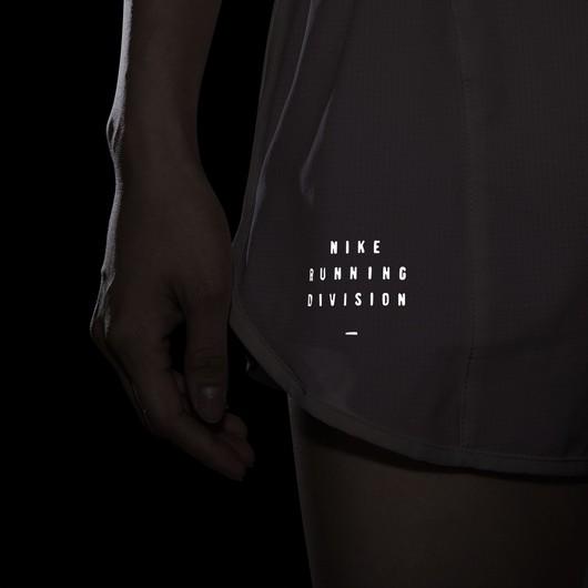 Nike Run Division Tempo Luxe Running Kadın Şort